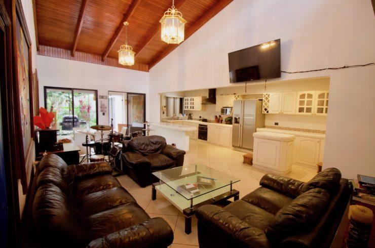 Rohrmoser One Level Furnished House