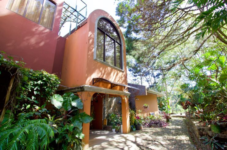 Sale Property with 3 houses Escazú