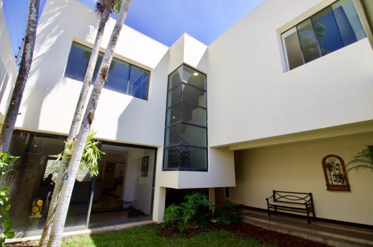 Casa Moderna Trejos Escazú