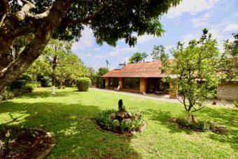 Escazu Casa Una Planta Country Club