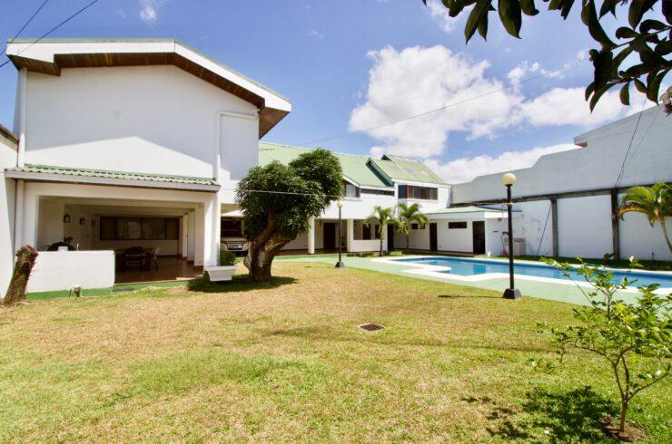 Uruca Sale Mixed Use Property