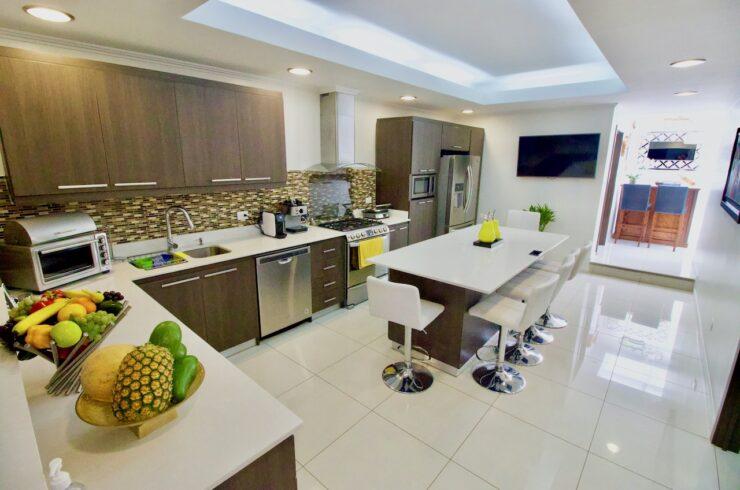 Pavas Single Level House
